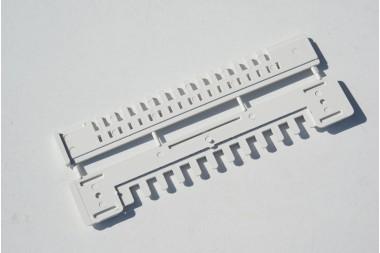 Zasuwka 185 mm plastykowa